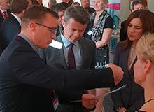 CEO Daniel Blak told the Danish crown prince couple about the Tempus600 solution